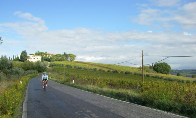 Road Bike: Tuscany Round Tour